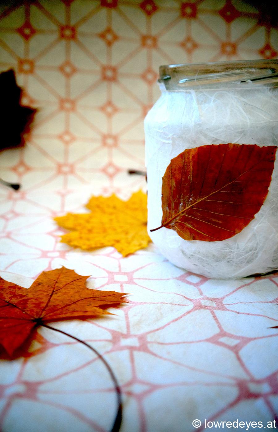 DIY mit Naturmaterialien - Blätterlicht selber machen