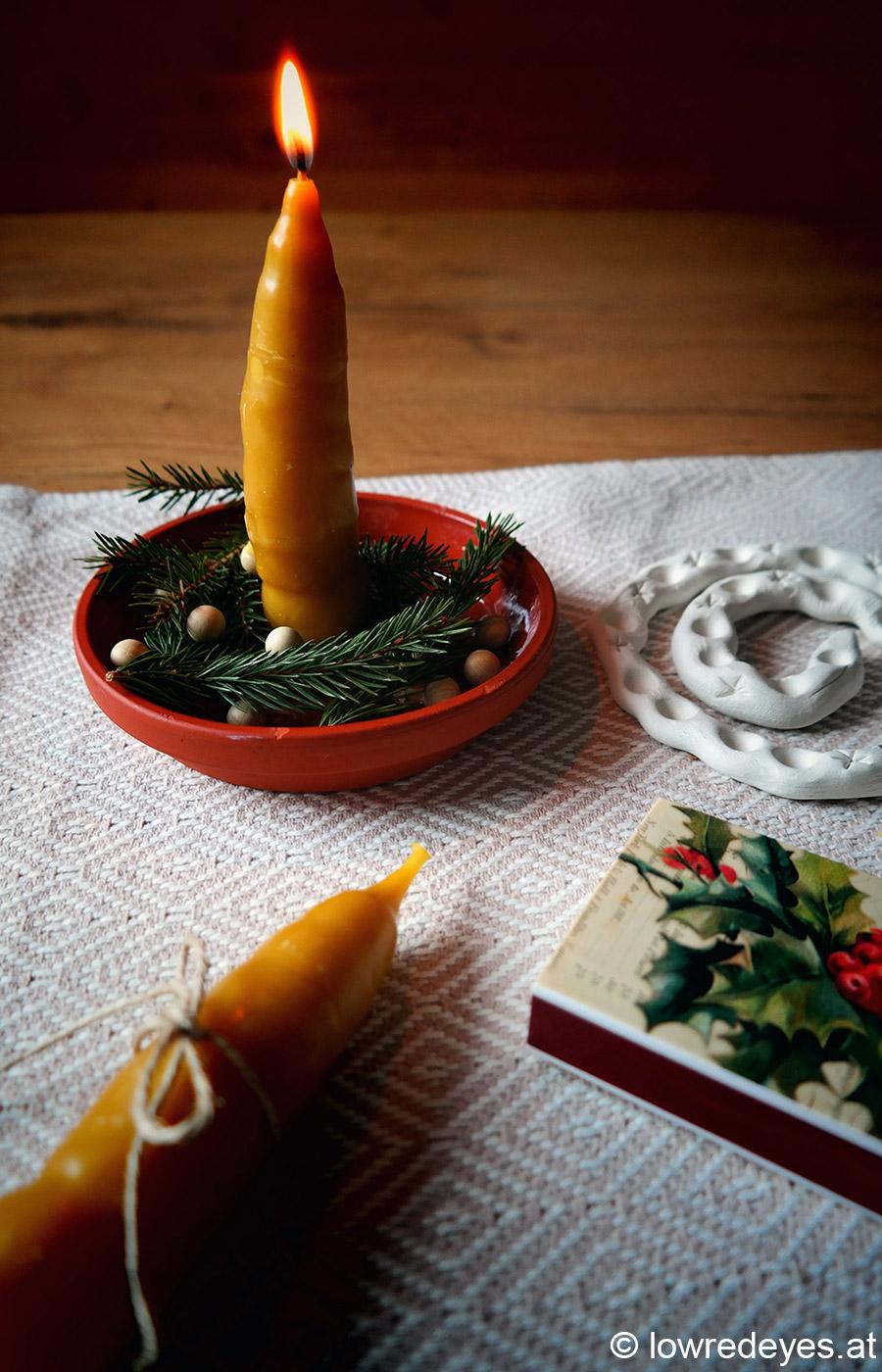 Upcycling und DIY: Kerzen aus Bienenwachsresten selber ziehen