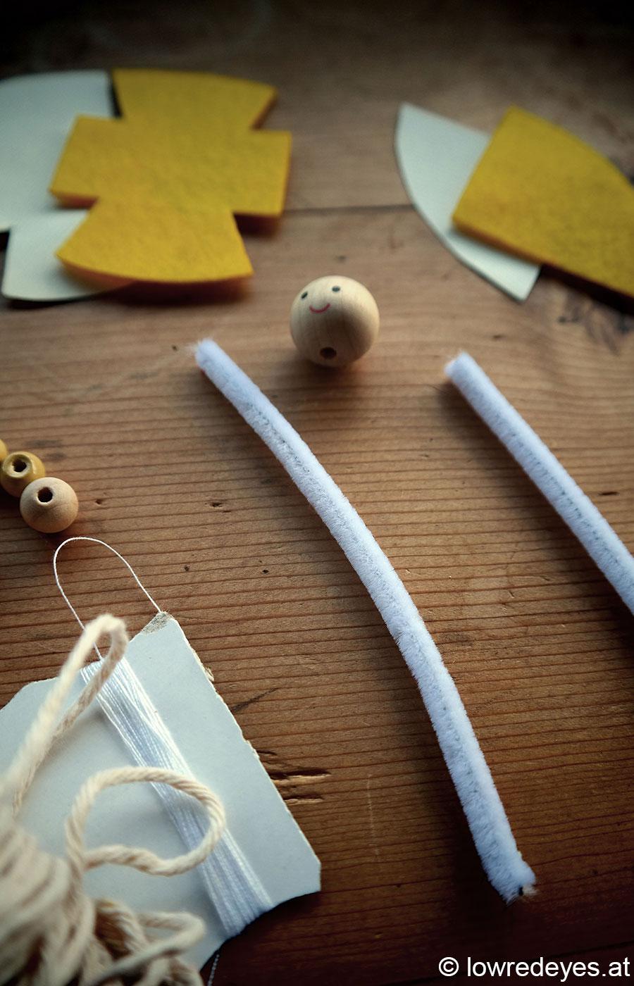 DIY: Wichtel aus Pfeifenputzer, Perlen und Filz